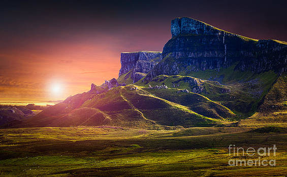 Skye Lunar by Peter Chadwick