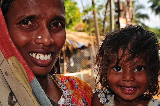 Jenny Rainbow - Smiling Eyes. India