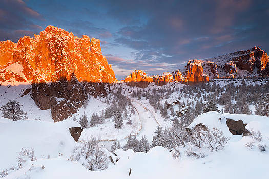 Smith Rock snow storm by Andrew Kumler