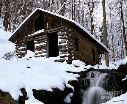 Snow Cabin - 2010 by Matthew Turlington