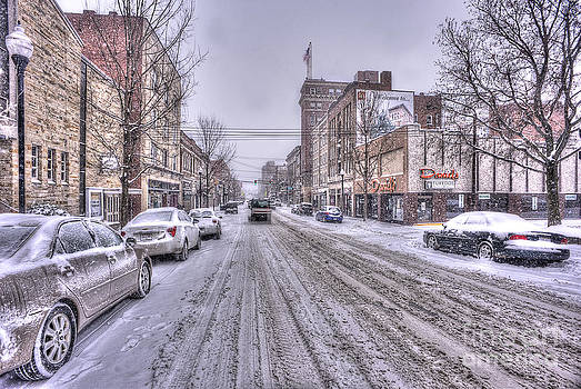 Dan Friend - Snow covered high street and cars in Morgantown