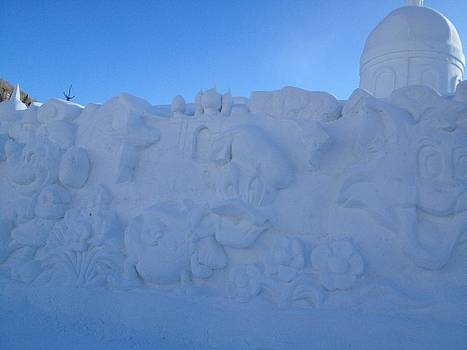 Snow Sculptures by Brett Geyer