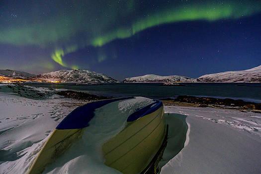 Snowbound by Mark Ledingham