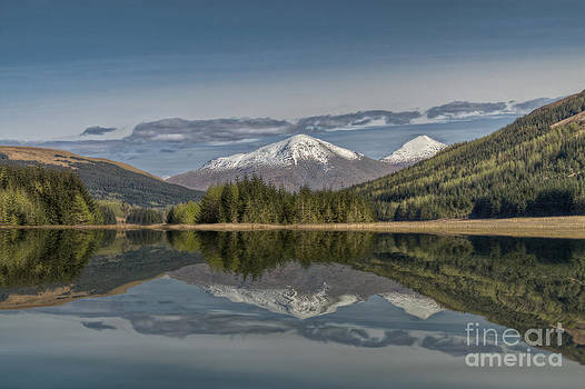 Snowy Peak by Bahadir Yeniceri