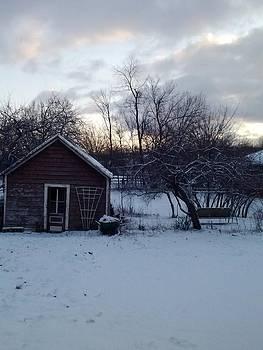 Snowy Sunrise by Wendy Munandi