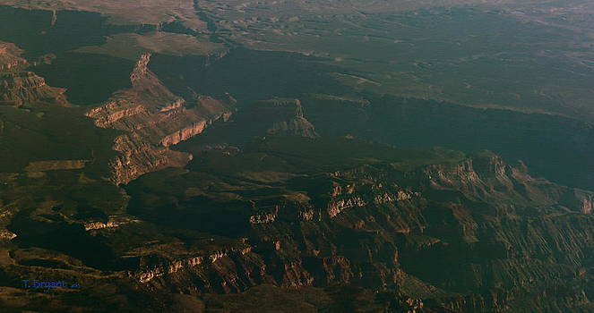 Kume Bryant - Soft Early Morning Light Over the Grand Canyon 2