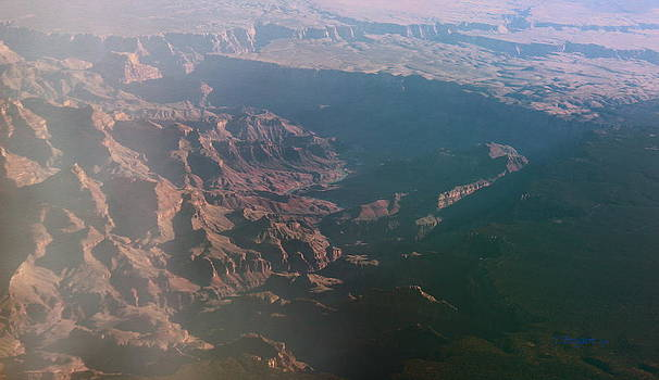 Kume Bryant - Soft Early Morning Light Over the Grand Canyon