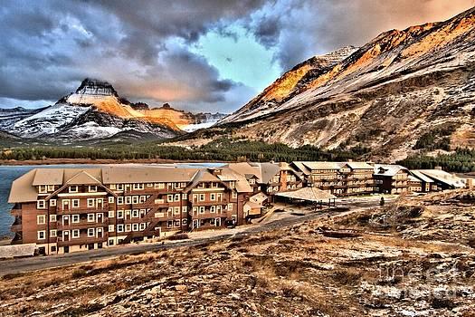 Adam Jewell - Soft Light At Glacier