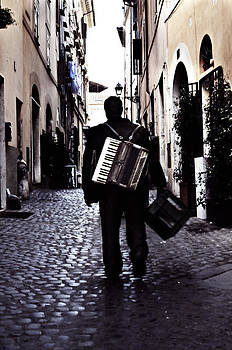 Angela Bonilla - Solitary Music Man in Rome