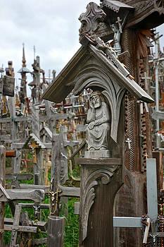 Mary Lee Dereske - Sorrowful Christ Lithuania Hill of Crosses