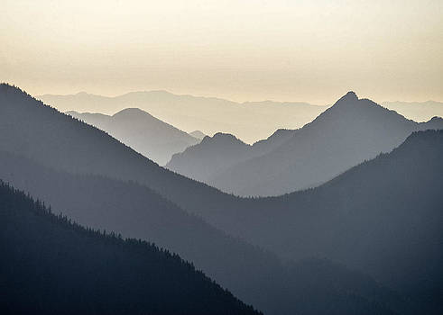 Ronda Broatch - Sostice in the Olympic Mountains