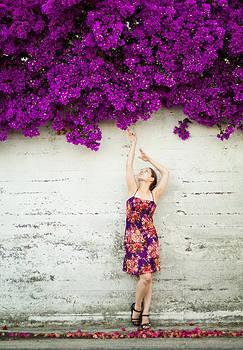 Southern Flowers by Viacheslav Savitskiy