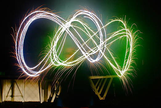 Sparkler lightpainting by Amanda Letcavage