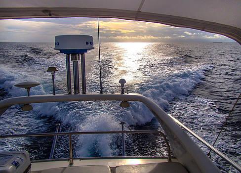 Jenny Rainbow - Speed. On Yacht Board. Maldives