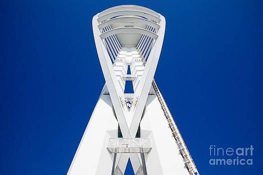 Simon Bratt Photography LRPS - Spinnaker Tower Portsmouth UK