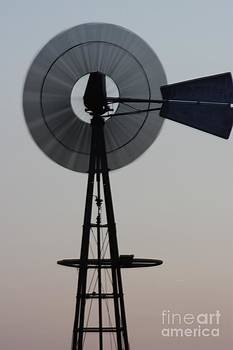 Spinning KANSAS WINDMILL by Robert D  Brozek