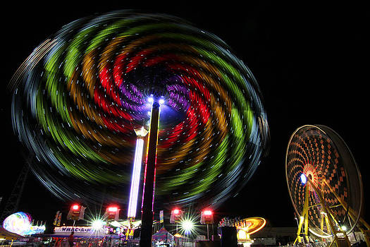Spinning Lights by Gerald Murray Photography