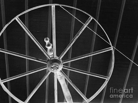 Robyn King - Spinning Wheel