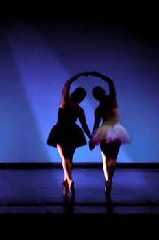 Pedro Cardona Llambias - Spirit of dance 1 - a backlighting of a ballet dancer