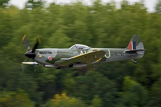 Spitfire Mk XVI by Jonathan Edwards - Corvidae Studio Photos