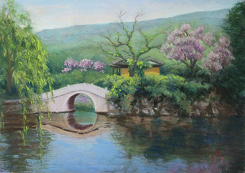 Spring at Lake Tai by Nancy Yang