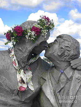 Ellen Miffitt - Spring Equinox Kiss