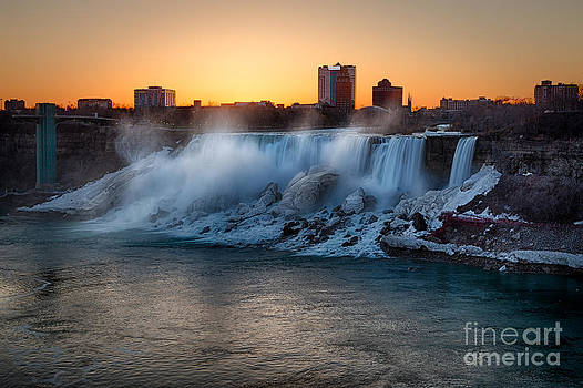 Springtime Sunrise Over Niagara by doug hagadorn by Doug Hagadorn