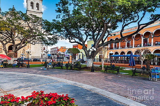 Jo Ann Snover - Square at  Independence Plaza Campeche
