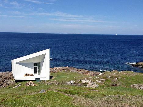 Lisa Phillips - Squish Studio Tilting Fogo Island Newfoundland