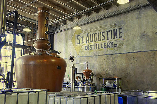 Laurie Perry - St. Augustine Distillery 3