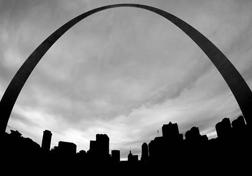St. Louis by Peter Verdnik