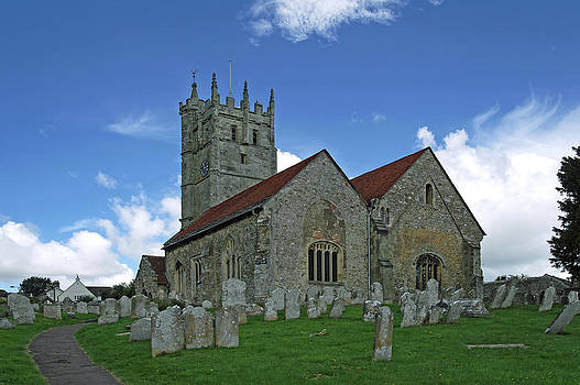 St Mary's Church - Carisbrooke by Rod Johnson
