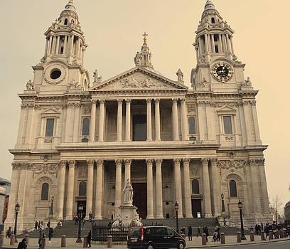 St. Paul's Cathedral by Alexander Mandelstam