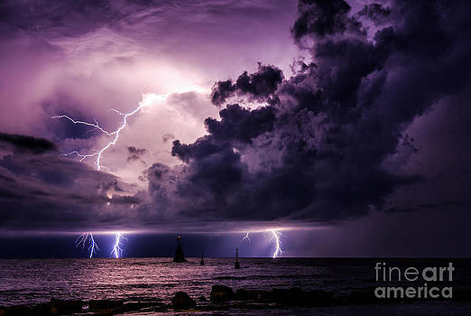 Staccato lightning  by Marko Korosec