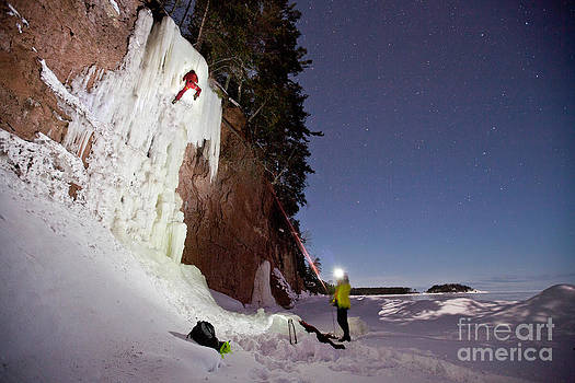 Starlight ice Climb by Mike Wilkinson
