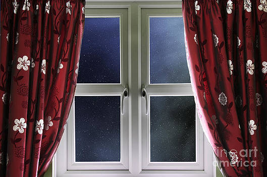 Simon Bratt Photography LRPS - Starry night sky through a window