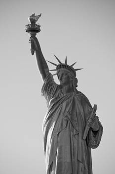 Statue Of Liberty by Newyorkcitypics Bring your memories home