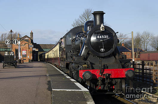 Steam loco 46521 by Steev Stamford