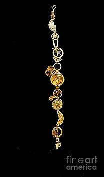 Elizabeth Hoskinson - Steampunk Bracelet I