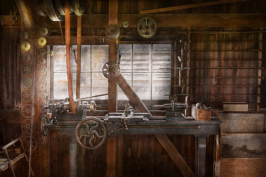 Mike Savad - Steampunk - Machinist - My tinkering workshop