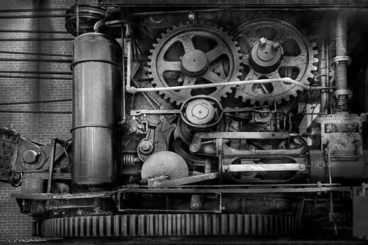 Mike Savad - Steampunk - Serious Steel