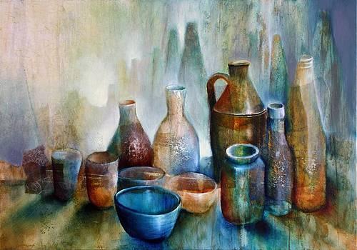 Stillleben mit blauer Schale by Annette Schmucker