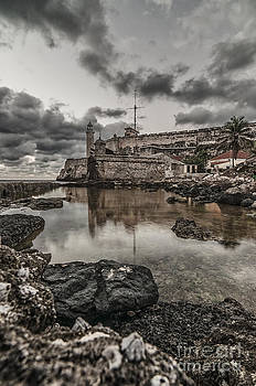 Stoned Morro by Jose  Rey