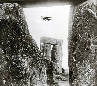 Science Source - Stonehenge 1914
