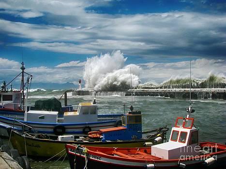 Andrew  Hewett - Stormy Weather