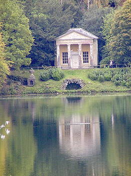 Stourhead gardens Temple of Flora by Fred Whalley