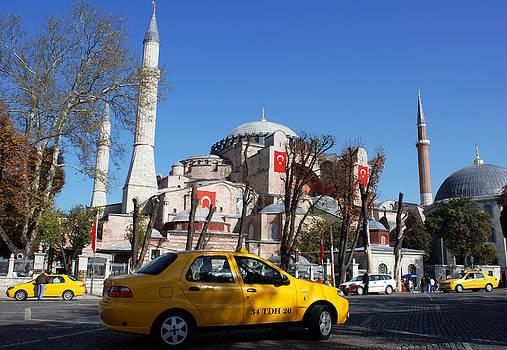 Ramunas Bruzas - Streets of Istanbul