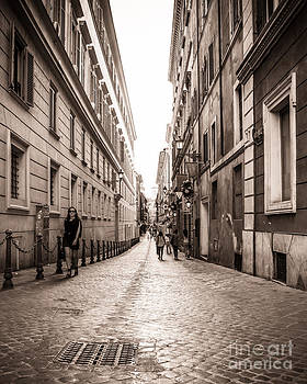 Christina Klausen - Strolling the Streets