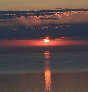 Stunning sunset on lake Michigan by Shaivi Divatia
