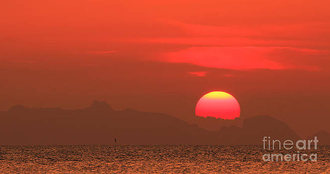 Sun Sea Sky by Jantima  Cha